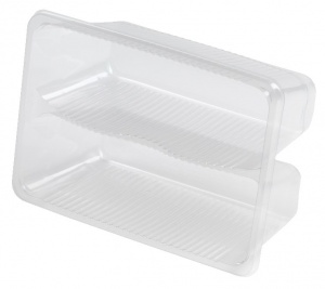This is a tray made of APET material. It cannot be put into the oven or microwave. It is used for cold food and snacks.