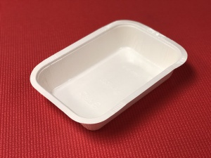 This medium size compostable is ideal for dinner meals.